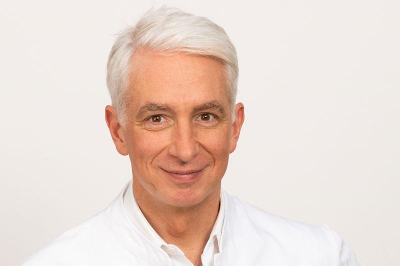 Dr Stefan Mustafa